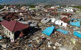 Thảm họa sóng thần Indonesia: Người dân chật vật tìm cách sinh tồn, bới rác để tìm thức ăn