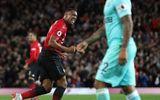 MU ngược dòng nghẹt thở trước Newcastle, ấn định tỷ số 3-2 ở phút 90