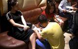 Tin tức pháp luật mới nhất ngày 9/10/2018: 21 nam nữ phê ma túy tập thể tại quán karaoke 5 Sao