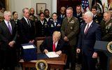 """Tổng thống Trump dự tính """"thay máu"""" hàng loạt tướng quân đội chủ chốt"""