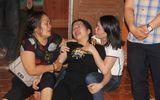 Vụ 4 người bị điện giật tử vong ở Hà Tĩnh: Con gái ngất lịm bên thi thể của cha