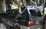 Tin tai nạn giao thông mới nhất ngày 11/11/2018: Xe đầu kéo đâm nhà dân, cán bộ quân đội tử vong