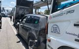 Tin tai nạn giao thông mới nhất ngày 12/11/2018: Tông xe liên hoàn ở Xa lộ Hà Nội, 2 người nhập viện