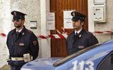 Italy huy động gần 800 cảnh sát triệt phá đường dây đánh bạc trực tuyến triệu đô