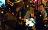 """Khoảng 100 dân chơi nghi """"phê"""" ma túy trong quán bar tại TP.HCM"""