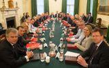 Thủ tướng Anh triệu tập cuộc họp nội các mới