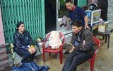 Phú Yên: Cứu sống đôi vợ chồng bị nước lũ cuốn trôi