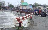 Nam thanh niên 18 tuổi nghi bị nước cuốn xuống cống mất tích ở Sài Gòn