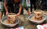 Cận cảnh chiếc bình cổ có hình hổ vờn, bán 400 triệu ở Nghệ An