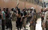 Tình hình Syria: Phiến quân điều 8.000 tay súng trang bị vũ khí hạng nặng đến miền Bắc