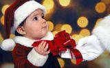 Mách mẹ cách chọn quà Giáng sinh phù hợp cho bé yêu theo từng độ tuổi