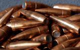 Đi máy bay, mang theo 20 viên đạn còn nguyên hạt nổ: Hành khách không biết về số đạn?