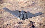 So sánh sức mạnh máy bay ném bom B-21 của Mỹ với 'rồng lửa' S-300 và S-400 Nga