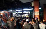 Điều tra vụ nữ tiểu thương bất ngờ bị truy sát, đâm gục tại chợ