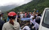 Video: Nam sinh kể lại giây phút xe khách lao xuống vực ở đèo Hải Vân