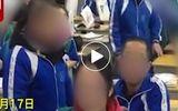 Video: Giáo viên cạo đầu 4 học sinh ngay trên lớp vì đi học muộn