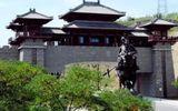 """Huyện nghèo Trung Quốc hứng """"gạch đá"""" chỉ trích vì xây cổng chào triệu đô"""