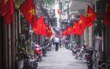 Thủ đô Hà Nội bỗng yên bình, cổ kính lạ thường buổi sáng mùng 1 Tết
