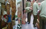 """Hà Nội: Đội QLTT số 6 bắt giữ kho sách """"khủng"""" không rõ nguồn gốc"""