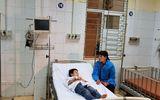 Tình hình sức khỏe 44 học sinh ngộ độc vì ăn nhầm bột thông bồn cầu ở Hải Dương