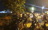Vụ nghịch tử sát hại 4 người thân: Hàng xóm nói điều bất ngờ về nghi can