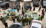 Lạng Sơn: Thu giữ 55 bao hàng gồm quần áo, mỹ phẩm nhập lậu