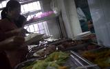 Hà Nội: Bếp ăn bệnh viện ĐK huyện Hoài Đức bỏ qua quy định về vệ sinh an toàn thực phẩm?
