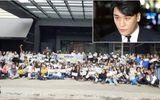 """200 fan họp mặt cổ vũ tinh thần Seungri, cư dân mạng Hàn: """"Họ mất trí rồi!"""""""