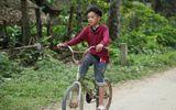 Chiếc xe đạp không phanh của cậu bé vượt 100km về Hà Nội thăm em được trả giá 13 triệu đồng
