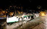 Xe khách 45 chỗ cháy trơ khung sau khi vừa trả khách nước ngoài