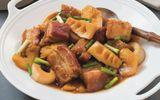 Món ngon mỗi ngày: Lạ miệng với thịt heo quay kho măng