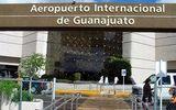 Nhóm cướp táo tợn đánh sập hàng rào sân bay, cướp một triệu USD chỉ trong 3 phút