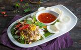 Món ngon mỗi ngày: Gỏi gà xé phay hấp dẫn cho bữa tối