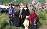 """""""Chìa khóa hạnh phúc"""" của gia đình bốn thế hệ ở Tây Tạng"""