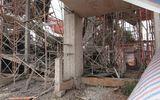 Sập giàn giáo công trình đang thi công, 8 người bị thương phải nhập viện