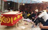 Nghệ An: Người thân mang thi thể con nợ bị đánh tử vong đến nhà chủ nợ yêu cầu làm rõ