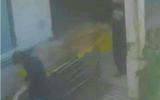Phát hiện thi thể người đàn ông bốc mùi dưới hầm thang máy bệnh viện