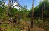 Hốt hoảng phát hiện thi thể người đàn ông đang phân hủy mạnh trong rừng