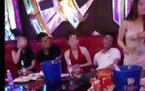 5 cán bộ bị kiểm điểm vì hát karaoke có 5 nữ tiếp viên rót bia