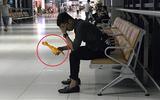 Chàng trai bay từ Hà Nội vào Đà Nẵng chỉ để trả lại người yêu cũ con gà nhựa