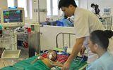 Dùng thuốc nam trị sốt, bé trai bị suy đa thận, nguy kịch tính mạng