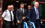 David Beckham bị treo bằng 6 tháng vì dùng điện thoại khi lái xe