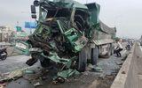 TP.HCM: Va chạm kinh hoàng trên cầu vượt, phá cabin đưa thi thể tài xế xe ben ra ngoài