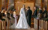 Hi hữu: Để tiết kiệm, cô gái tổ chức lễ cưới cùng lúc với đám tang người thân