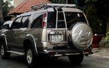 Vụ 2 thi thể đổ bê tông ở Bình Dương: Nhiều tiền, vàng trong ôtô 7 chỗ chở 4 nữ nghi can