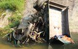 Hà Giang: Xe tải lao xuống vực sâu 100 mét, 3 người thương vong