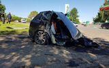 Ôtô - Xe máy - Audi Q7 hạng sang gặp nạn, đầu và đuôi xe tách làm đôi, nằm cách nhau hơn chục mét