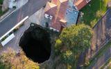 Kỳ ảo hang động dài 40 km nằm cạnh đường ở Pháp