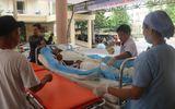 Video: Cấp cứu nạn nhận trong vụ nổ cây xăng ở Cam Ranh