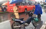 Tin trong nước - Điều khiển xe máy không biển số chạy vào làn ô tô, hai công nhân bị tông tử vong